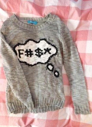 Kup mój przedmiot na #vintedpl http://www.vinted.pl/damska-odziez/swetry-z-dlugim-rekawem/20915524-szary-sweterek-mlodziezowy-cropp-nadruk-stan-bdb