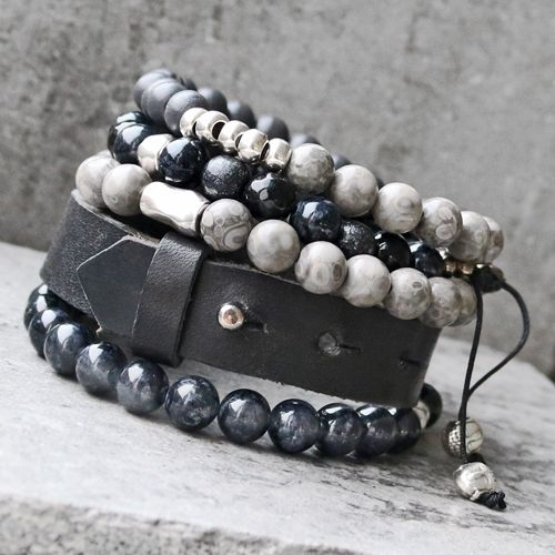 Mach super Winter Schmuck für Männer mit u.a. Naturstein Perlen, DQ Metall und Leder.