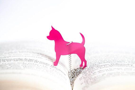 Chihuahua pendant necklace pink-Shiny Plexiglass di PasBijoux