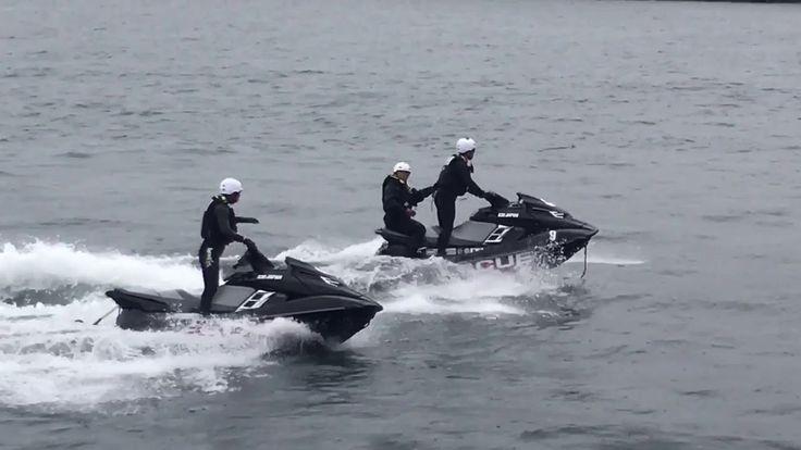 海上保安庁海猿による「水上バイクレスキュー」 東京湾大感謝祭2017