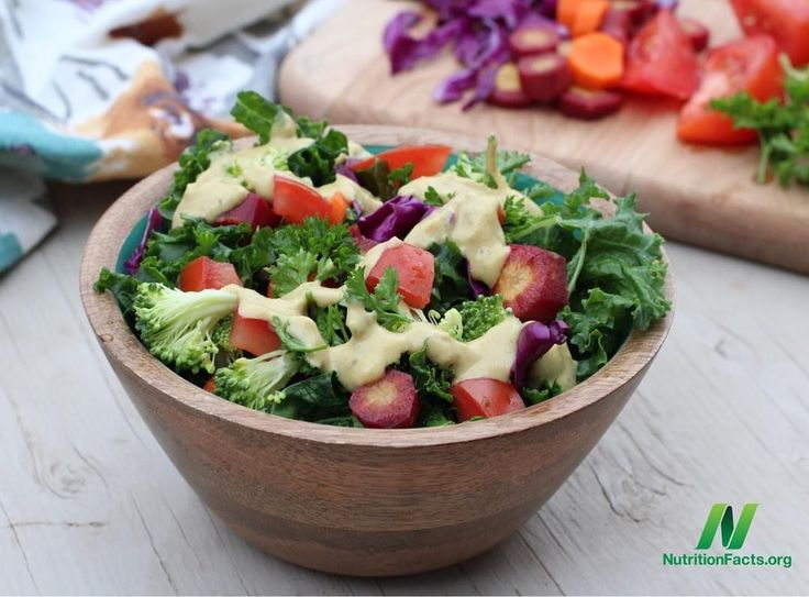 Dr. Greger's Caesar Salad Dressing from How Not to Die today. It's light, tangy, and refreshing! Serve as a side salad with raw veggies, or make the salad the main course by adding in beans/ tempeh, roasted sweet potatoes, and/ or quinoa/ brown rice.