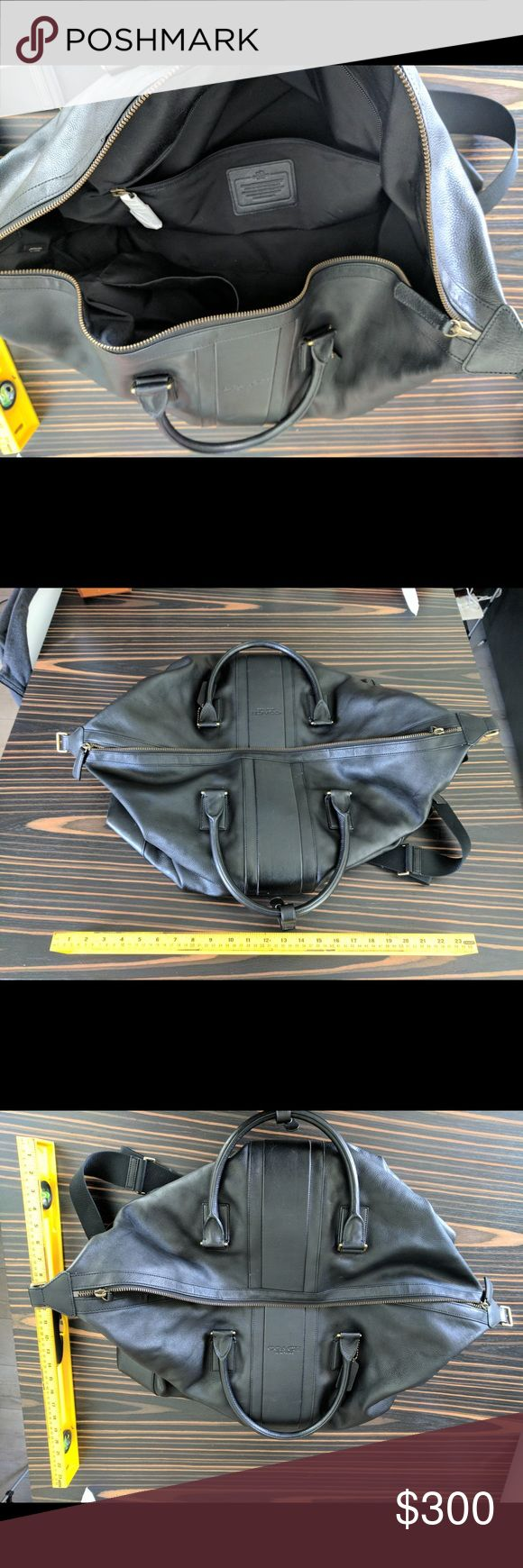 Coach international weekender full leather bag Nearly perfect condition all leather genuine Coach weekender bag. Used only a handful of times. Coach Bags Travel Bags