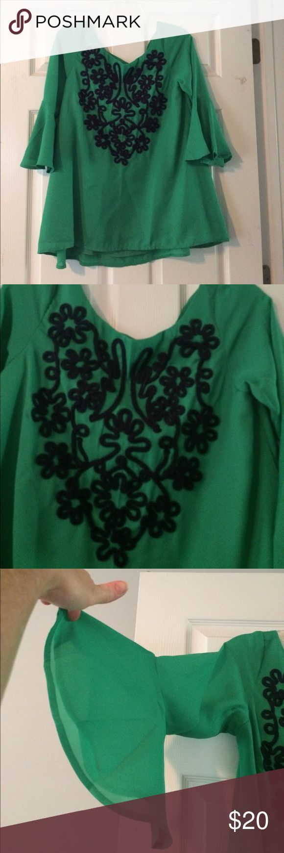 Judith March shirt Green Judith March shirt with blue flower detail.   100% polyester.  Shirt is lined. Judith March Tops Blouses
