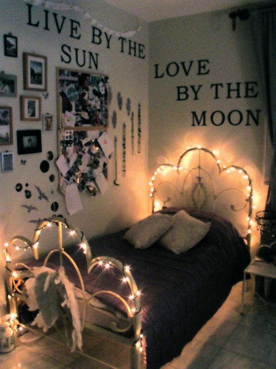 """I love the """"quotes on the walls"""" idea and the lights on the bed...cute!"""