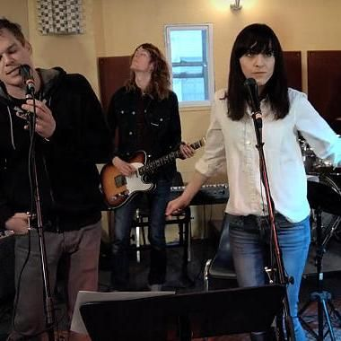 Music: See Michael C. Hall and Lena Hall rock out to Radiohead