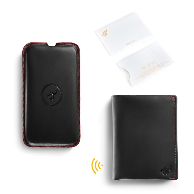 Black Woolet XL Travel with matching Charging Pad and RFiD Blocker