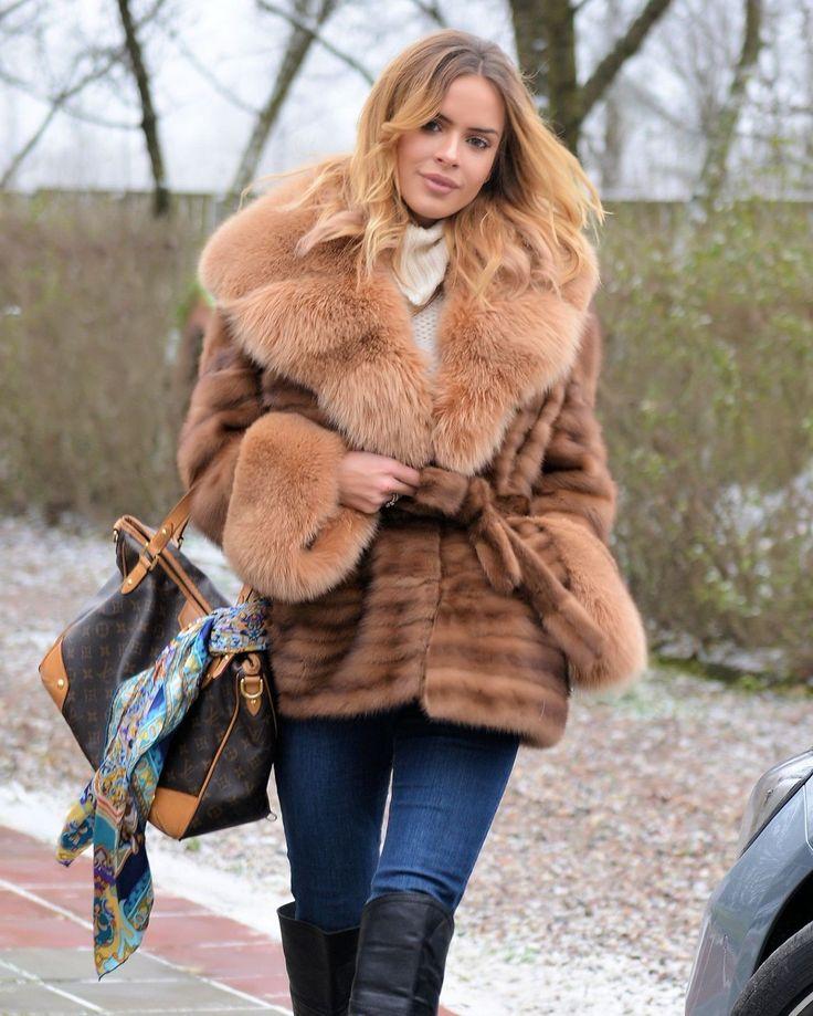 NEW SAGA MINK FUR LONG JACKET GOLD FOX CLASS- RUSSIAN SABLE CHINCHILLA COAT VEST | eBay