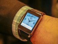 Samsung's Gear Live $200 smartwatch hands-on (pictures) CNET takes a closer look at Samsung's latest smartwatch, the Samsung Gear Live, which launched Wednesday at the annual Google I/O developers' conference.