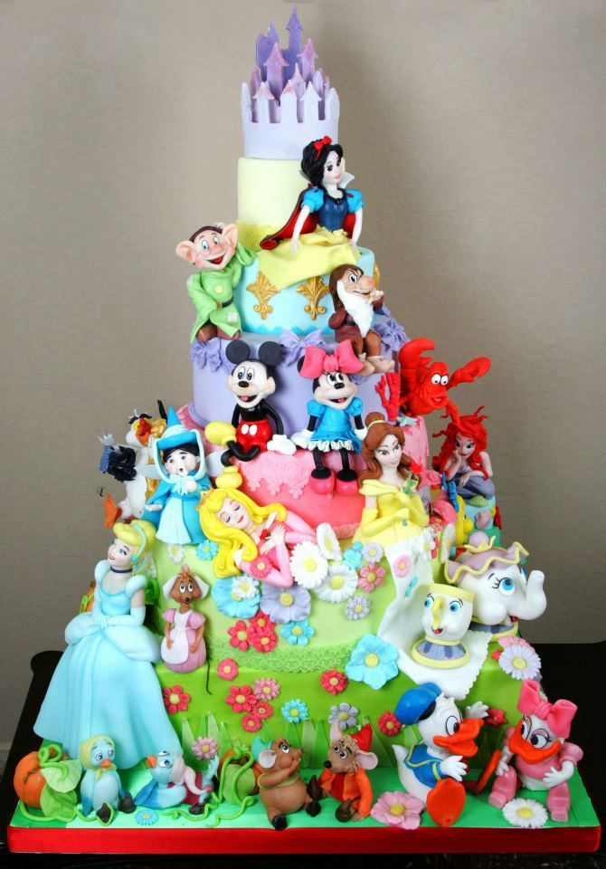 Disney Character Cake...WOW! can also put characters on cupcakes