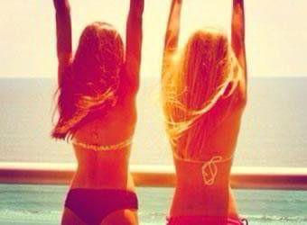 Amizade é uma mente em dois corpos.