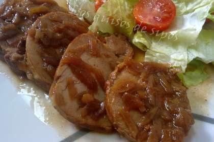 Segundos - Carne  Solomillo con sopa de cebolla y coca cola