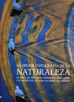 Un completo repaso a los 19 libros de fotografía más recomendados por los profesionales y las escuelas de fotografía.