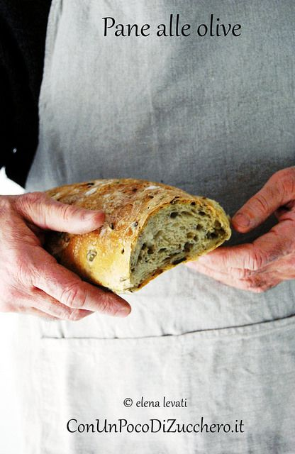 Pane alle olive: http://conunpocodizucchero.wordpress.com/2014/01/23/lunga-lievitazione-pane-alle-olive/