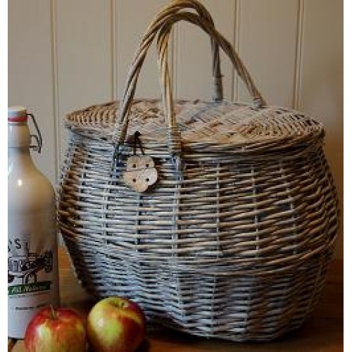 Insulated Wicker Picnic Basket