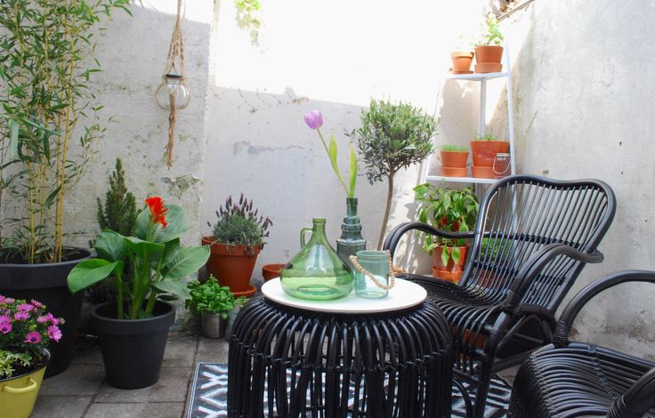 25 beste idee n over kleine buitenkeukens op pinterest buiten grill ruimte buitenkeukens en - Woonkamer rotan voor veranda ...
