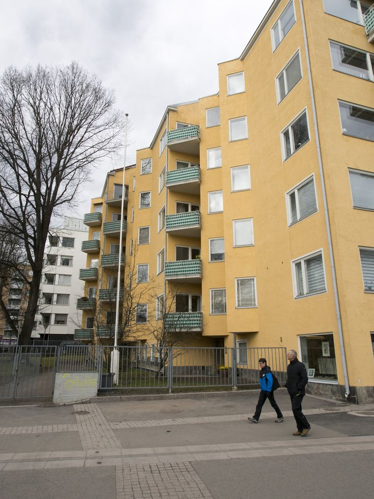 https://flic.kr/p/JZyYVL | By the river Aura - 05 | As Oy Läntinen Rantakatu 21, designed by architect Eric Bryggman, built 1948-1951.