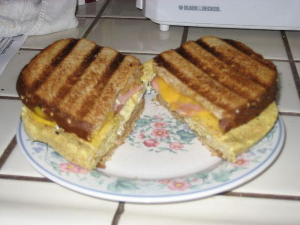 George Foreman Grill Breakfast Sandwich Recipe - Food.com - 281141