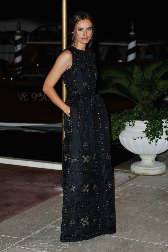 Kasia Smutniak en Valentino http://www.vogue.fr/mode/look-du-jour/articles/kasia-smutniak-en-valentino/15638