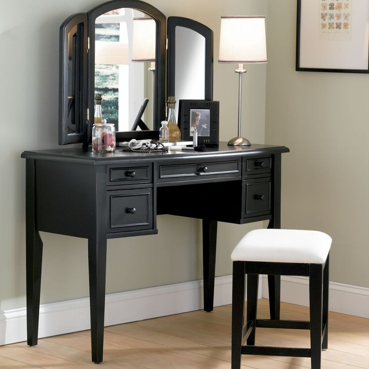 Features:  Product Type: -Vanity set.  Style: -Traditional.  Finish: -Antique Black.  Mirror: -Yes.  Drawers Included: -Yes.  Number of Items Included: -3.  Mirror Type: -Standing.  Number of Drawers: