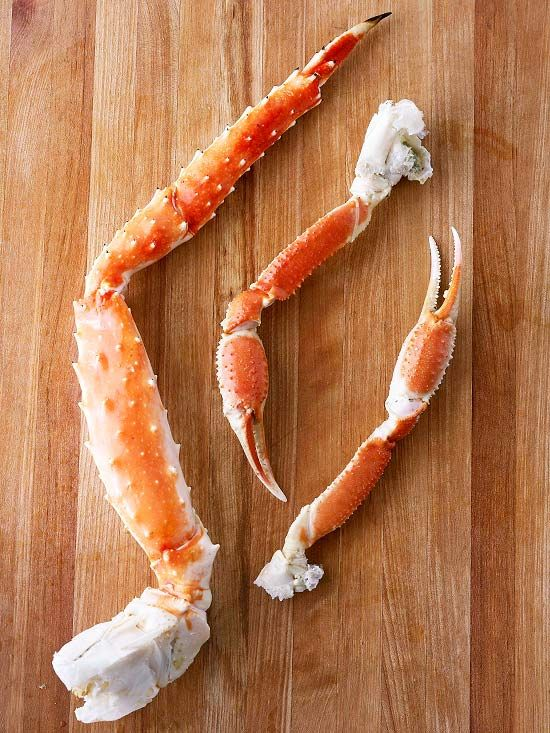 How to Boil Crab Legs Regal crab legs, with their rich, sweet meat, are ideal for entertaining and special occasions. Since they are almost always precooked, simply boil the legs to warm them through and serve with melted butter.