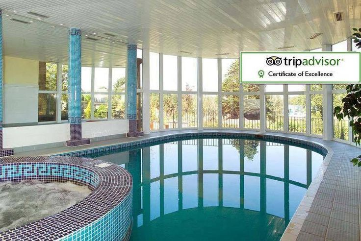 Discount UK Holidays 2017 2-3nt Isle of Wight for 2, Spa Voucher, Dinner & Ferry - Summer Availability! From £199 (at Melville Hall Hotel) for a two-night Isle of Wight stay for two with a £20 spa voucher, three-course dinner, breakfast and return ferry, £309 for three nights - save up to 49%