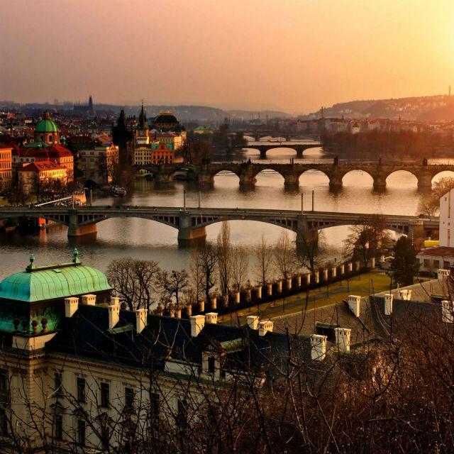 Cuando se juntan las ganas de conocer y consigues el mejor precio, no queda otra que viajar. ¿Conoces Europa y Asia?