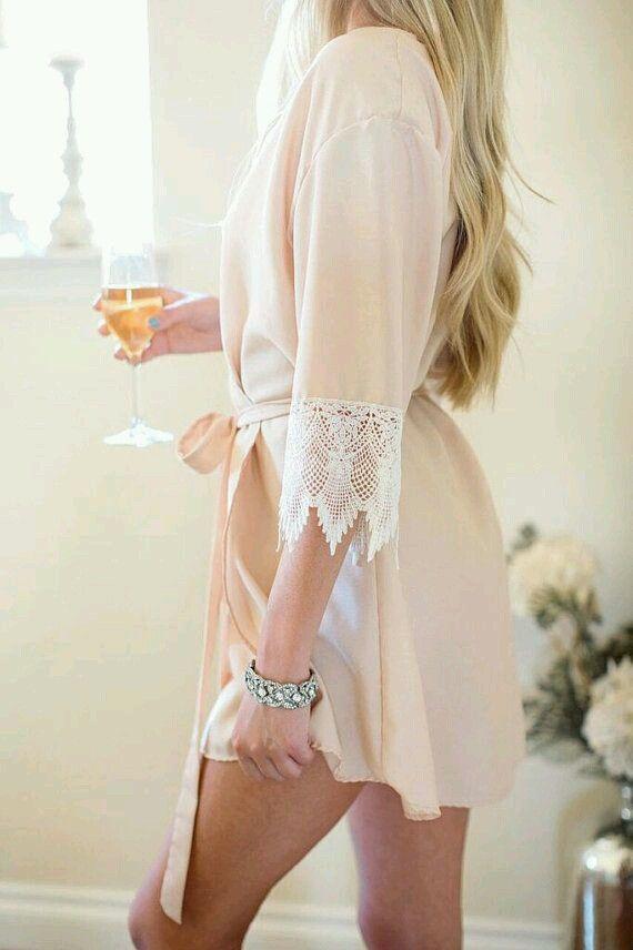 Свадебный халат -утро невесты- Именной шелковый халат с французским кружевом - прекрасный подарок на день рождения, годовщину, свадьбу. Подарите роскошь себе или своим близким!! 20 ye viber me +380631235911