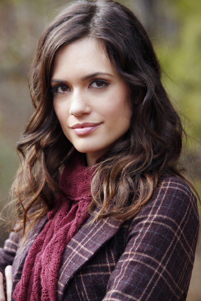 "Torrey DeVitto plays ""Melissa Hastings"" in Pretty Little Liars. She is Specer's sister. In the show, she comes out of no where, where the four main girls could less expect her to be. She will play as the Cheshire Cat. The Cheshire Cat reappears and disappears out of no where to Alice, which is a good placement for ""Melissa"" to be."
