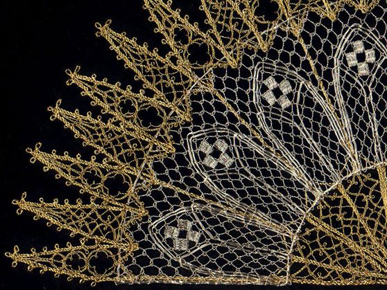 Lenka Suchanek--Fan detail; bobbin lace in silver and gold plated wire