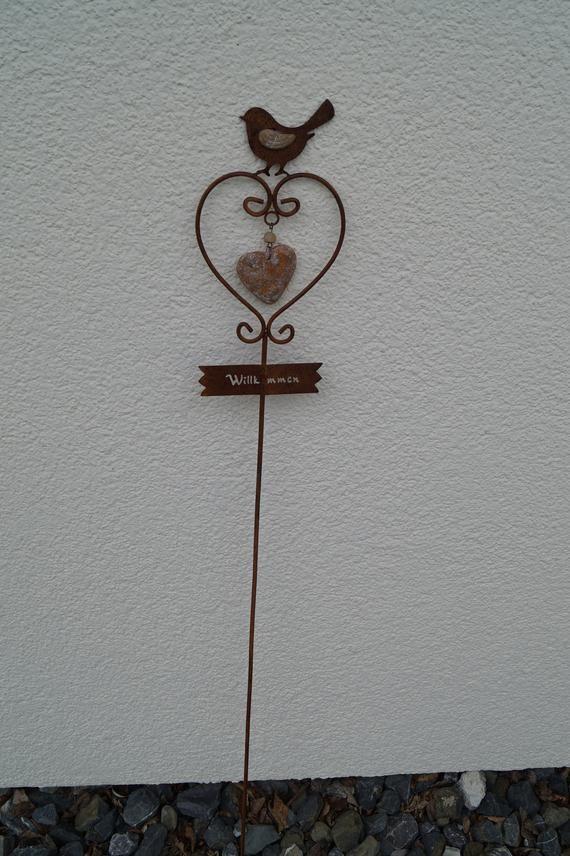 Herz Gartenstecker Willkommen Edelrost Gartendeko Shabby Herz Fur Dein Zu Hause Rost Rostige Deko Schon Fur Beautiful Gardens Beautiful Gift Heart Shapes