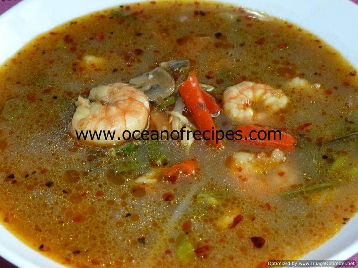 Lime, lemon grass and prawn Thai soup