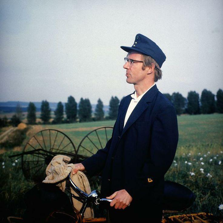 Neues aus Uhlenbusch: Erstausstrahlung am 24. Dezember 1977. Die 40 Folgen der Serie wurden von 1977 bis 1982 vom ZDF produziert.