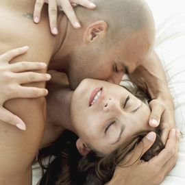 A recent study shows that women in their 30s and 40s are more sexually aroused than their younger counterparts. This increase in sex drive begins at age 27.