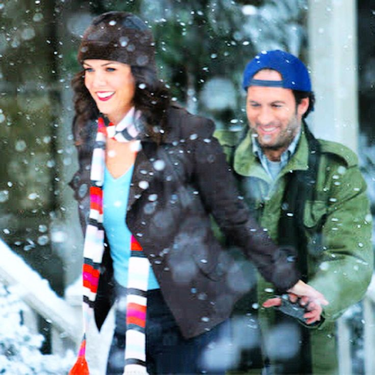 Luke and Lorelai one of my all time favorite small screen couples