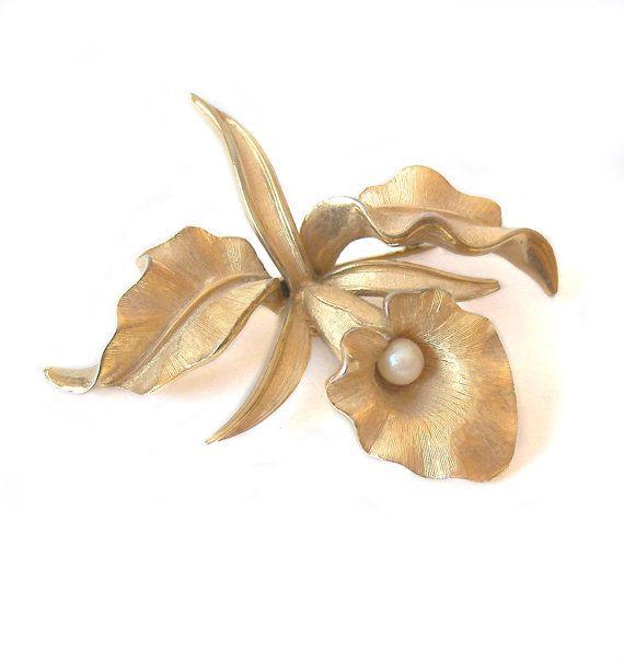 42 best vintage flowered floral jewelry images on. Black Bedroom Furniture Sets. Home Design Ideas