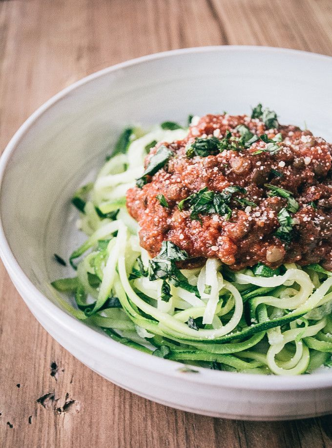 Zucchini Spaghetti with Lentil Marinara is a lightened-up and #vegetarian take on your favorite meat-sauce spaghetti! #GlutenFree via Lemons and Basil
