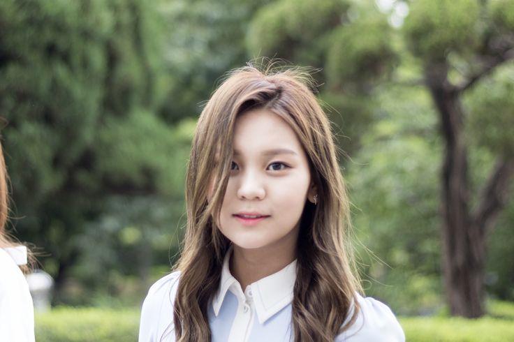 Gfriend Maknae Line for KBS Battle trip recording. Cr: twitter