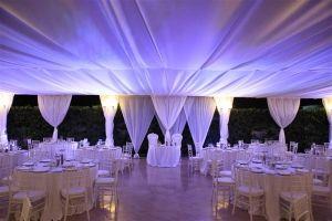 La nostra bellissima sala ricevimenti esterna per accogliere il matrimonio perfetto.  #SalaRicevimenti #Matrimonio #Teli #Atmosfera