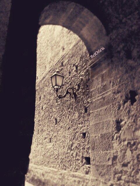 Una delle sette porte d'accesso a Troina ~ Sicilia