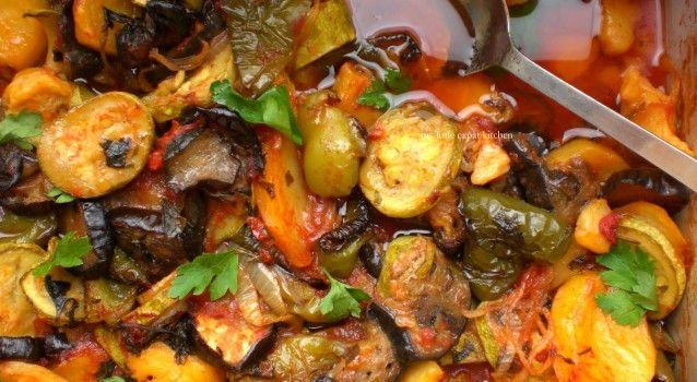 Υπέροχο Μπριάμ με όλες τις μυρωδιές των μεσογειακών λαχανικών