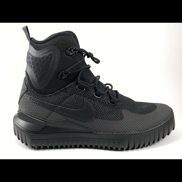 Nike ACG Zoom Tallac Flyknit | Sneaker boots, Boots, Nike acg