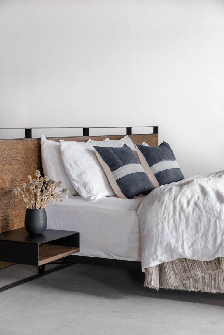 best 25 rustic bed frames ideas on pinterest diy bed frame king size bed frame and rustic bed. Black Bedroom Furniture Sets. Home Design Ideas