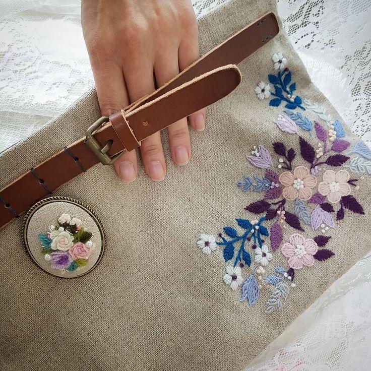 """50 Likes, 1 Comments - 봄이네 (@mine_0203) on Instagram: """"Mine손가방 #embroidery #needlework #울사자수 #겨울맞이 #handmade"""""""