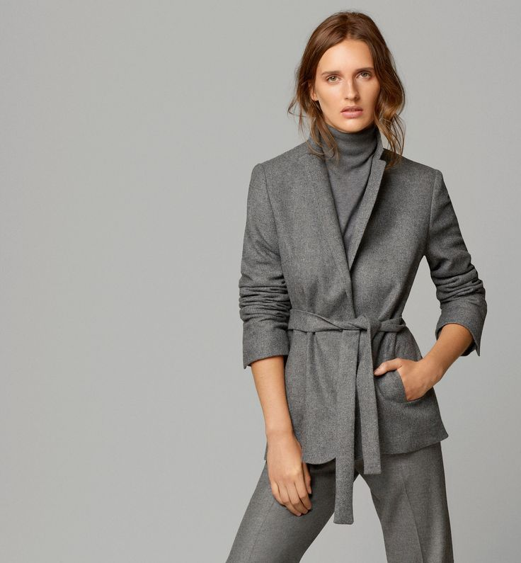 Tabulous Design- Grey is all the rage this year, gorgeous.