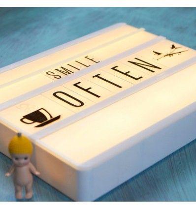 Compra tu letra iluminada para decorar habitaciones infantiles. Llama y un experto en interiorismo infantil te asesorará! Tel. 977460389! Tu 3D online gratis!
