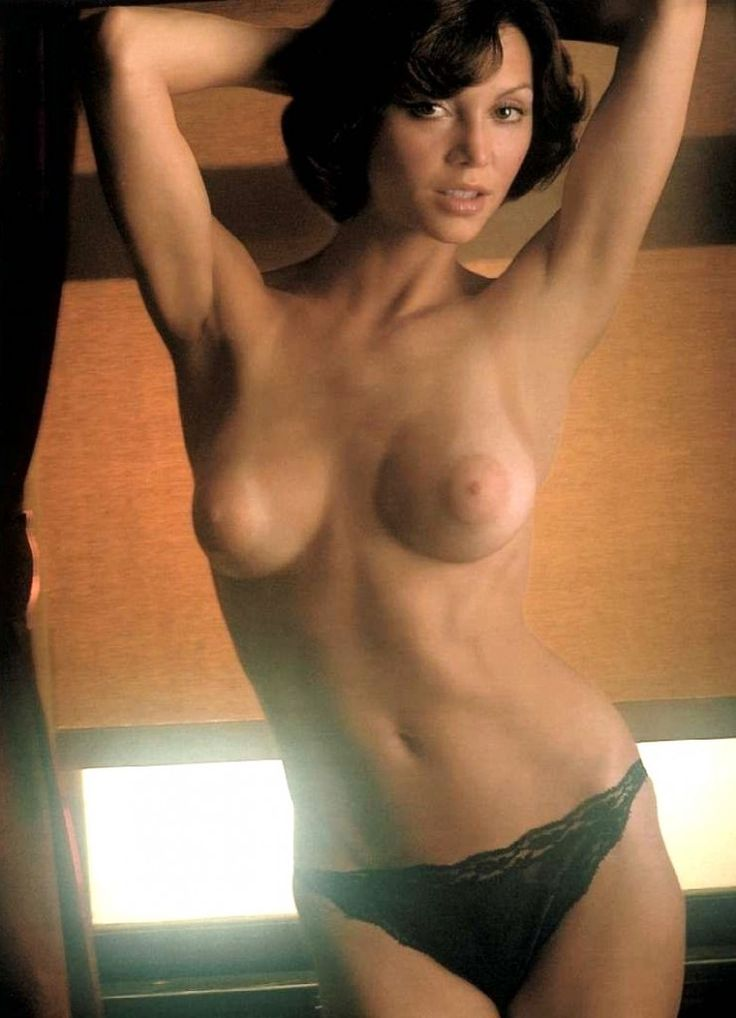 Nude Female Celebrities Pics 3