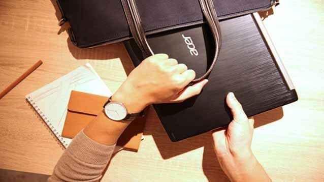 Acer Aspire 2017, ecco i nuovi notebook Windows 10 per studenti, famiglie, e professionisti I portatili Acer sono sempre una garanzia: robusti, affidabili, discretamente performanti, più o meno per tutti i gusti, e tutti gli usi. Ultimamente, poi, anche il big taiwanese dell'informatica si  #aceraspire #notebook #windows
