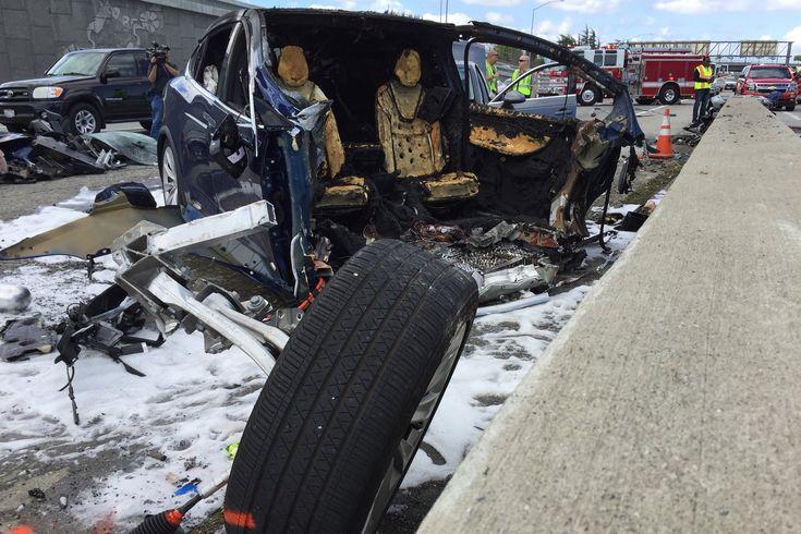 Tesla Model X driver dies in Mountain View crash