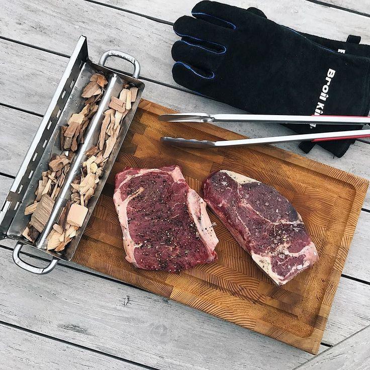 Po późnym powrocie z pracy dobrym pomysłem na szybki i smaczny obiad jest stek.  #workhardcookhard #broilkingpl #broilking #stek #grillgazowy #beefshop #wolowina #hereford