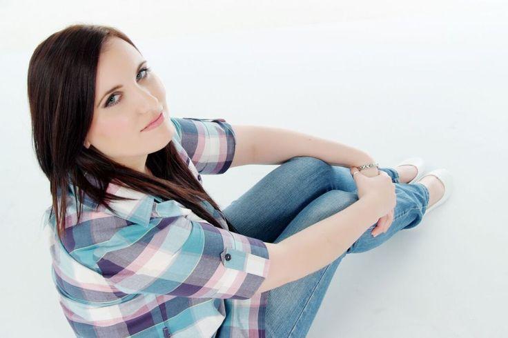 Meet the GirlCrewer #33: Darlene Brennan, Owner of Makeup by Darlene